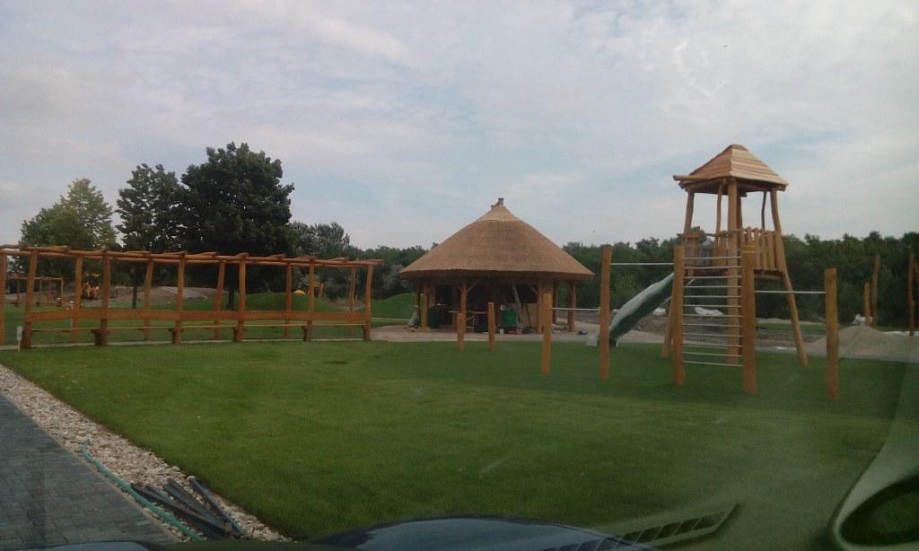Prezeráte obrázky z: Detské parky